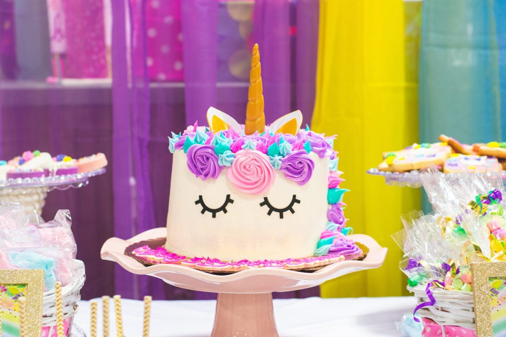 unicorn-fondant-cake-2274464